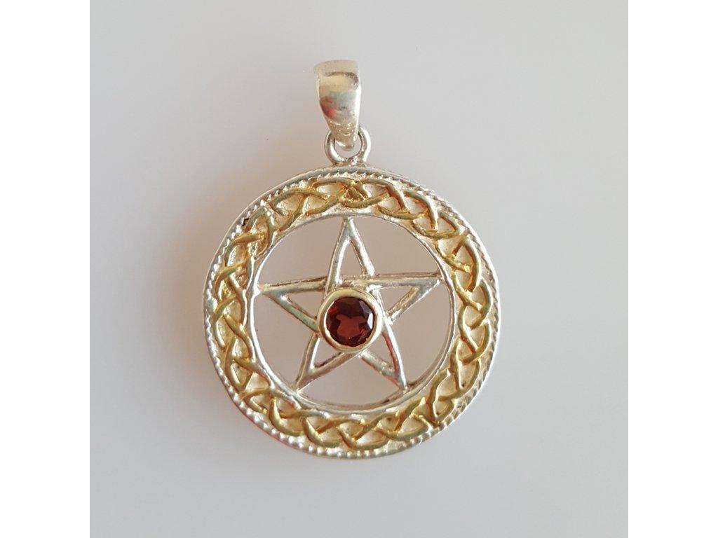privesek pentagram