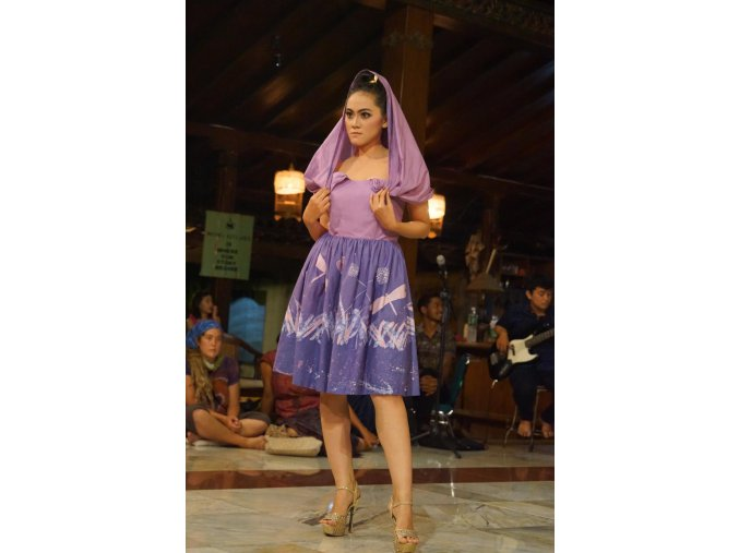 chizika indonesie vazka